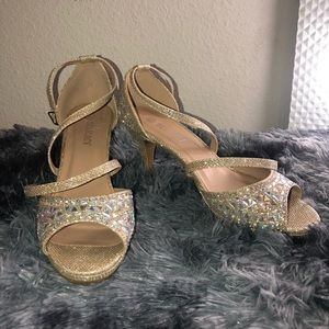 Women's Sparkling Dressy low heel pumps